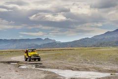 Visite d'entraînement à quatre roues à la montagne Pinatubo Photo stock