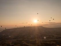 Visite de ballon dans Goreme Photographie stock libre de droits