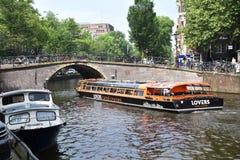 Visite de bateau à Amsterdam Images libres de droits