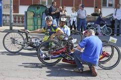 visite de Main-vélo de l'Italie image libre de droits