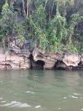 Visite de radeau et de bateau à la cascade Sai Yok Kanchanaburi Thailand photos stock