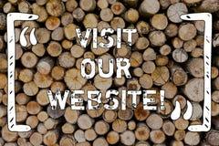 Visite des textes d'écriture de Word notre site Web Concept d'affaires pour le lien de page Web de montre d'invitation à l'Intern photographie stock libre de droits