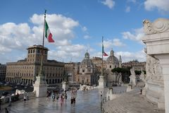 Visite du Vittoriano dans Piazza Venezia, Rome, Italie photo libre de droits