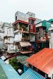 Visite o apartamento velho da rua do phong de Giai, cidade de Hanoi, Vietname Data tomada foto: 21/12/de 2018 fotos de stock royalty free