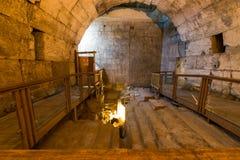 Visite occidentale de tunnels de mur de Jérusalem Hanoucca image stock