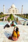 Visite Taj Mahal de personnes à Âgrâ, Photo libre de droits