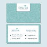 Visitekaartje businesscard malplaatje met leuk hand getrokken patroon Stock Afbeeldingen