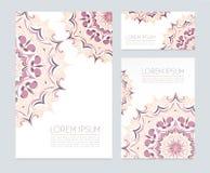 Visitenkarten mit Blumenverzierungen Lizenzfreie Stockbilder