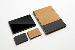 Visitenkarten tablet und merken Schablone Lizenzfreie Stockfotos