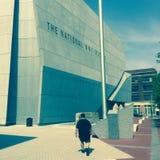 Visiteur au musée national de la deuxième guerre mondiale Images libres de droits