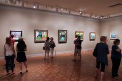Visiteurs de galerie d'art Images libres de droits