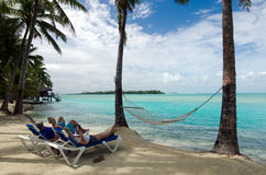 Visiteurs sur le cuisinier Islands de lagune d'Aitutaki Photo stock