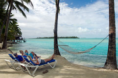 Visiteurs sur le cuisinier Islands de lagune d'Aitutaki Photo libre de droits