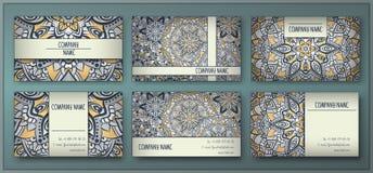 Visitkorten och affärskortuppsättningen med mandalaen planlägger beståndsdelen Royaltyfri Bild