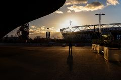 Visitor in Queen Elizabeth Olympic Park stock photography