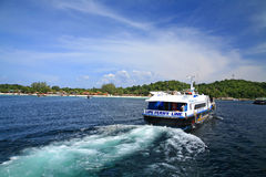 Visitors heading to koh Lipe by speedboat Stock Photos