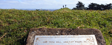Visitors in One Tree Hill in Auckland New Zealand Stock Images