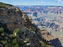 Visitors overlooking the Grand Canyon Stock Photo