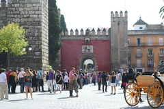 Visitors waitng for the Real Alcazar entrance Royalty Free Stock Photos