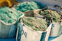 Visnet in een vissersboot Stock Foto
