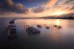 Visnet tijdens zonsopgang royalty-vrije stock afbeeldingen