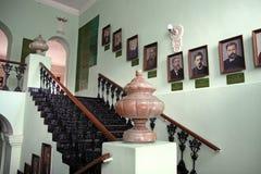 以Vissarion命名的古典健身房的内部是 免版税库存图片