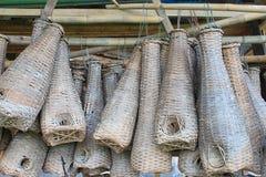 Vissen die kippenren in Thailand voor patroon vangen Stock Foto