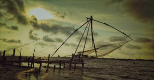 Vissen het netto gebruiken fishermans royalty-vrije stock afbeeldingen