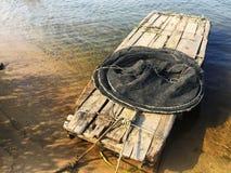 vissenboot op de rivier Stock Afbeelding