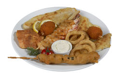 Vissenkebab, doorstoken vissen met groenten Royalty-vrije Stock Fotografie
