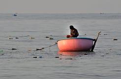 Visser in Mui Ne, overzees het Zuid- van China, Vietnam Stock Afbeelding
