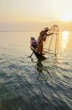 Visser op Inle-Meer, Shan, Myanmar royalty-vrije stock fotografie