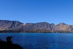 Visserij bij het meer Stock Afbeelding