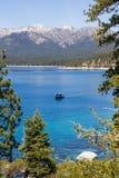 Visserij in Meer Tahoe royalty-vrije stock afbeeldingen