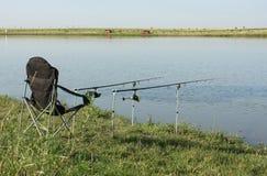 Visserij op het meer Stock Foto