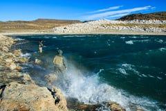 Visserij voor regenboogforel stock foto's