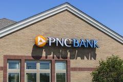 Vissers - Circa Mei 2017: PNC-Banktak Financiële Kleinhandels, Collectieve de Dienstenaanbiedingen van PNC en Hypotheek die VIII  royalty-vrije stock afbeelding