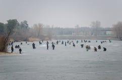 Vissers op het kanaal Stock Afbeelding