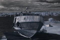 Vissersboot in droogdok Royalty-vrije Stock Foto
