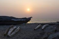Vissersboot op de Indische Oceaan, Varkala Stock Afbeelding