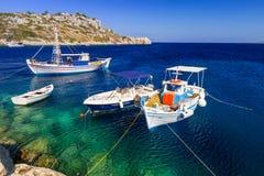 Vissersboten bij de kust van Zakynthos Royalty-vrije Stock Foto