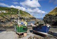 Vissersboten in Cornwall royalty-vrije stock foto's