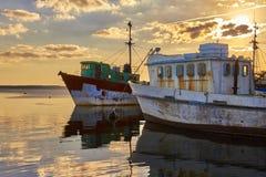 Vissersboten op anker, Cienfuegos, Cuba, 2014 Royalty-vrije Stock Foto