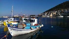 Vissersboten op Leros eiland stock foto