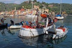 Vissersboten in Portofino, Italië stock fotografie