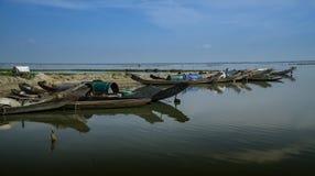 Vissersboten in Vietnam stock afbeelding