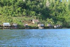 Vissersdorp op eiland Gam Royalty-vrije Stock Afbeeldingen