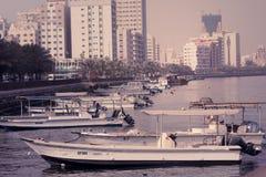 Vissershaven van Ajman in Doubai, de V.A.E op 28 Juni 2017 Stock Afbeeldingen