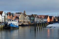 Vissershaven van de stad Husum langs de Noordzee, Duitsland Stock Fotografie