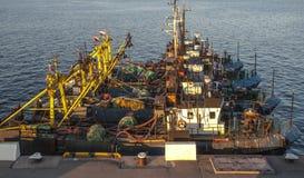 Vissersvaartuigparkeren stock afbeeldingen